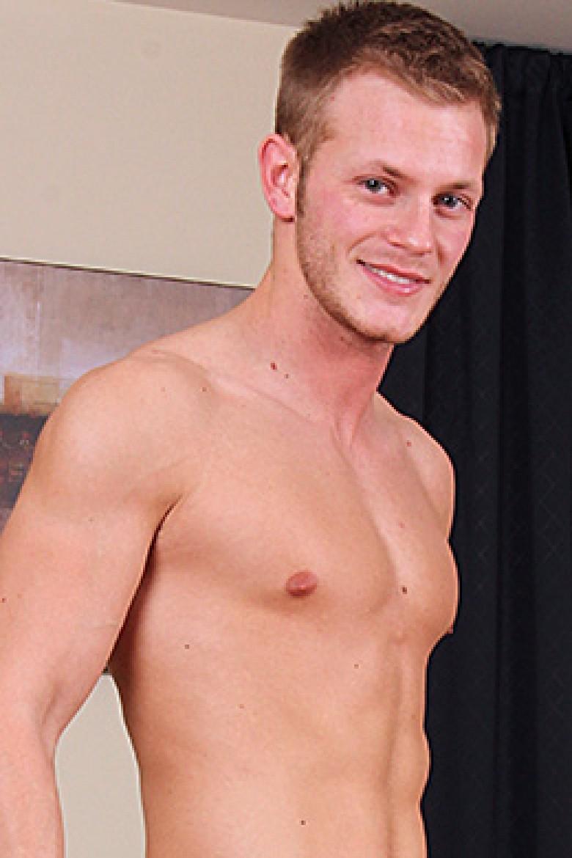 Aaron Porno cocksuremen: aaron blake - gay porn featuring raw bareback