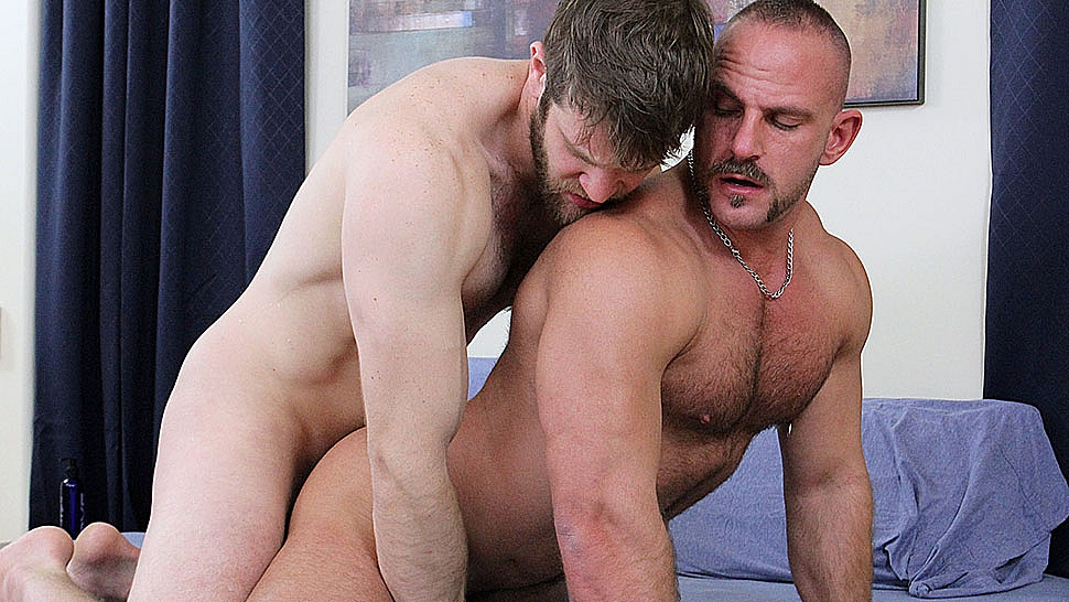 Colby Keller porno gay video de sexo xxx